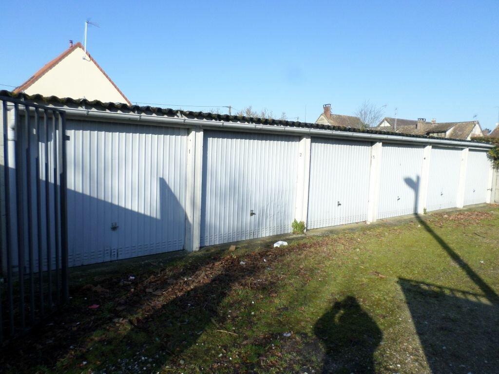 Location Stationnement  à Louviers - vignette-1