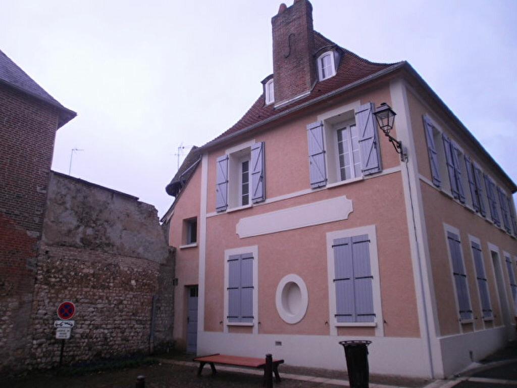 Location Appartement 2 pièces à Le Vaudreuil - vignette-1