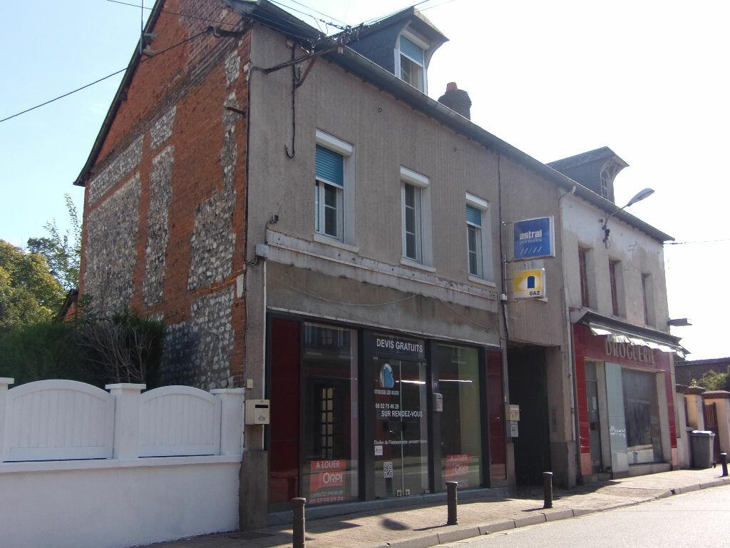 Location Appartement 2 pièces à Saint-Pierre - vignette-1