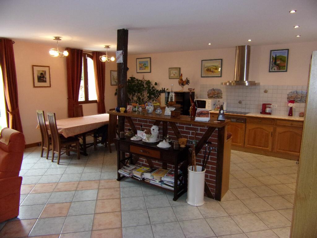 Achat Maison 7 pièces à Fontaine-Bellenger - vignette-5