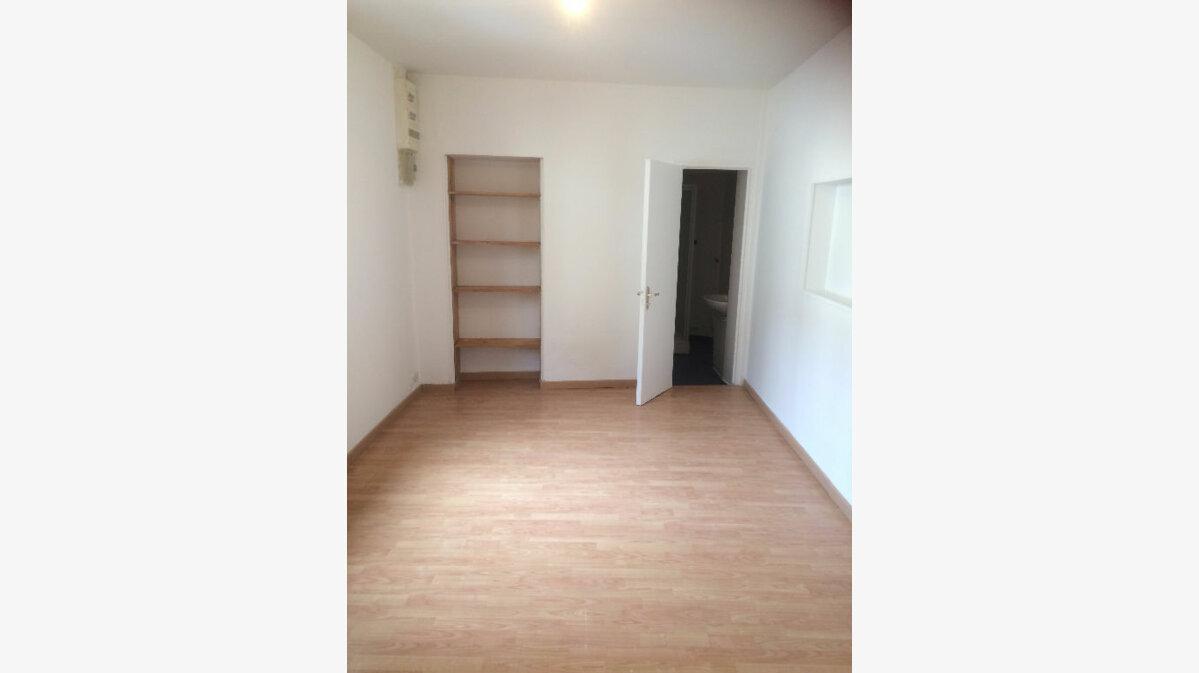 Location Appartement 1 pièce à Louviers - vignette-2