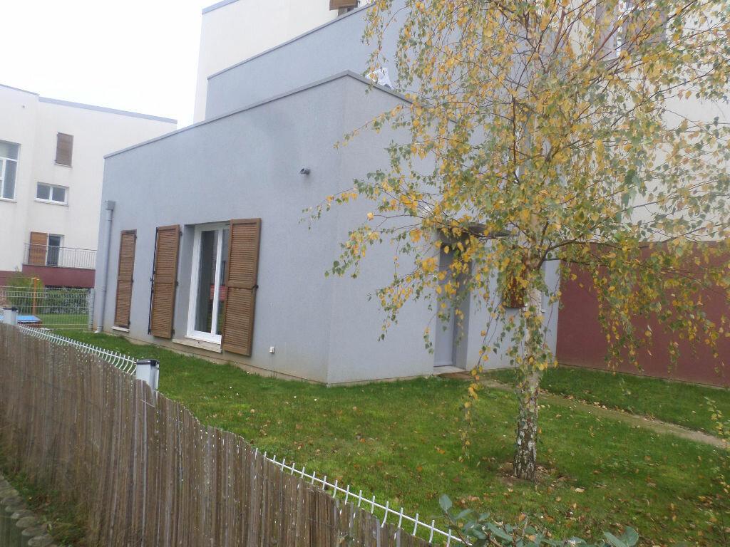 Achat Appartement 2 pièces à Val-de-Reuil - vignette-1