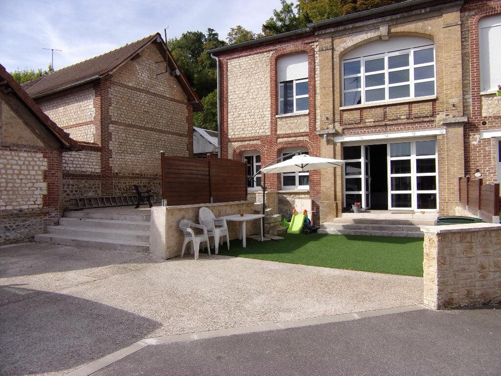 Achat Maison 5 pièces à Saint-Pierre-du-Vauvray - vignette-1