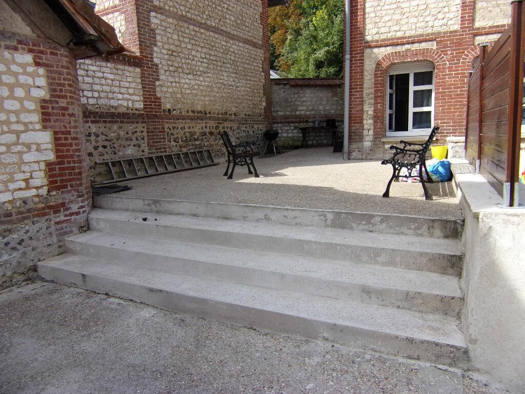 Achat Maison 5 pièces à Saint-Pierre-du-Vauvray - vignette-3