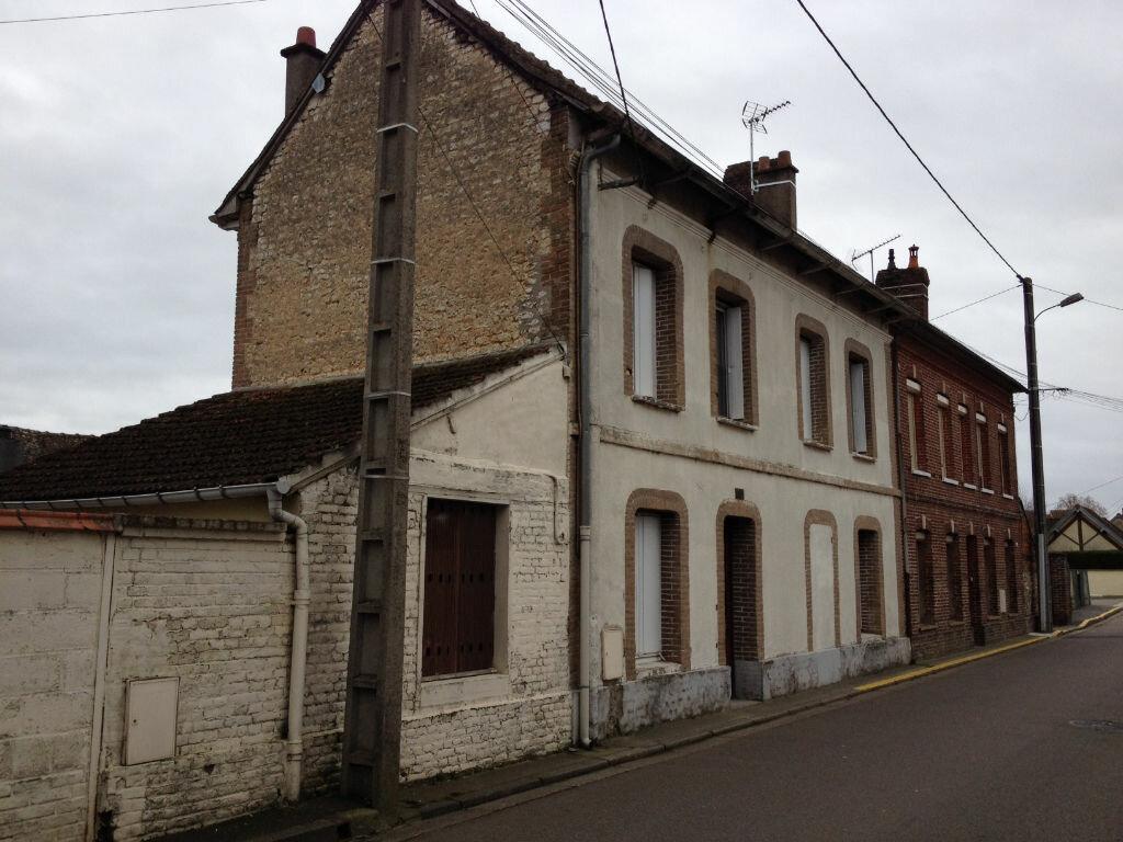 Location Maison 4 pièces à Louviers - vignette-1