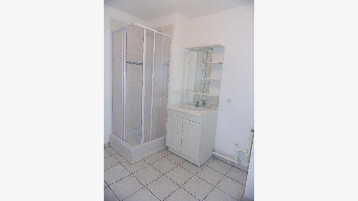 Location Appartement 2 pièces à Les Andelys - vignette-4