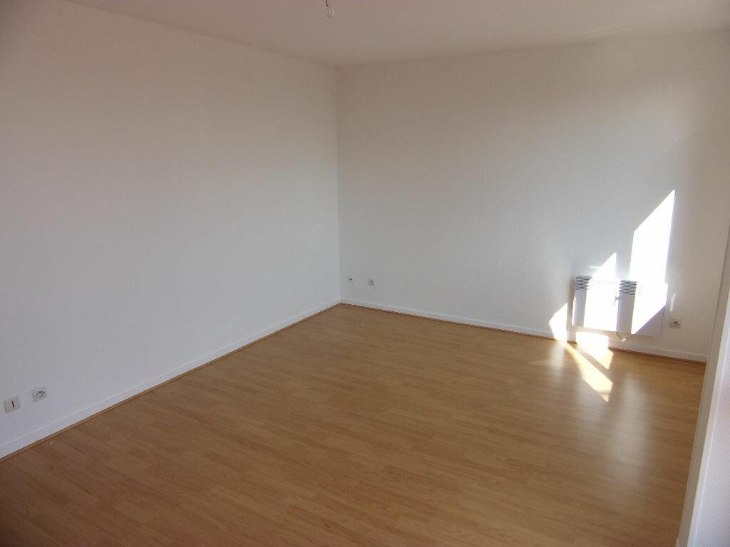 Achat Appartement 4 pièces à Val-de-Reuil - vignette-1