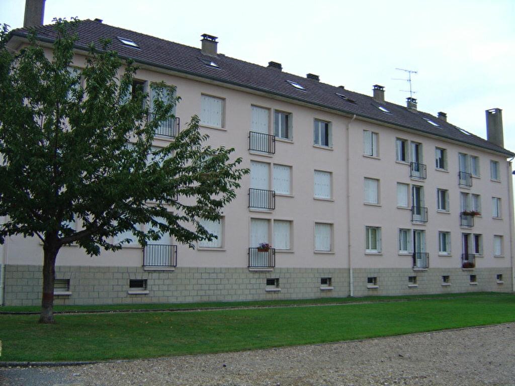 Achat Appartement 3 pièces à Le Vaudreuil - vignette-1