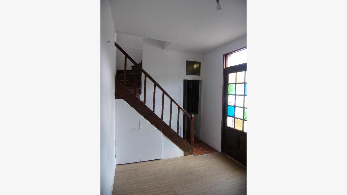 Location Maison 2 pièces à Pont-de-l'Arche - vignette-1