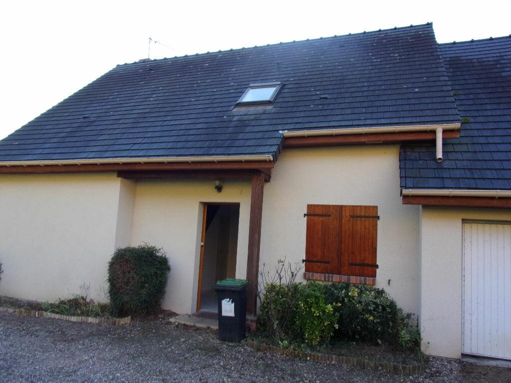 Location Maison 5 pièces à Amfreville-sous-les-Monts - vignette-1