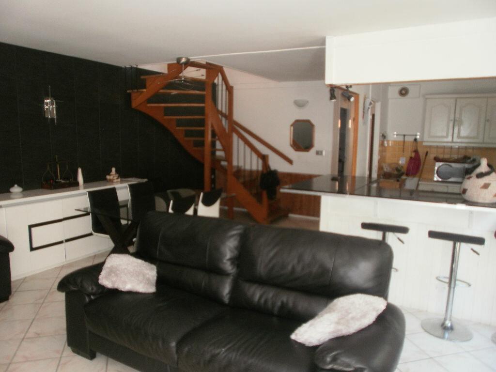 Achat Maison 6 pièces à Val-de-Reuil - vignette-5