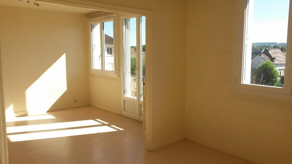 Achat Appartement 3 pièces à Le Vaudreuil - vignette-3