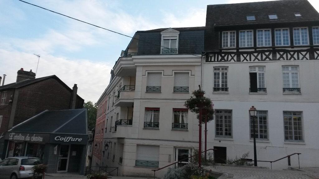 Achat Appartement 2 pièces à Pont-de-l'Arche - vignette-1
