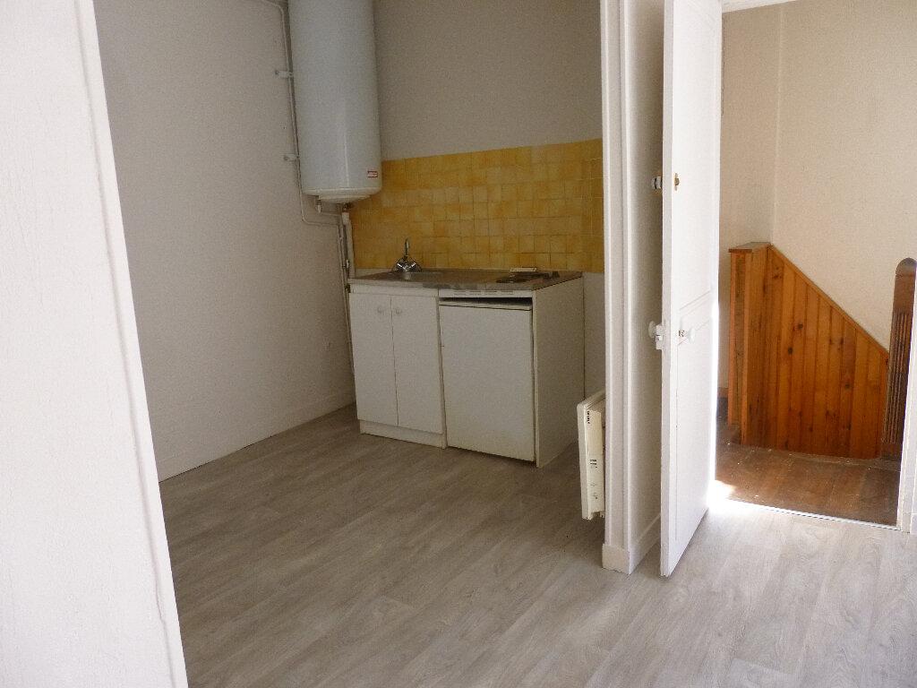 Location Appartement 2 pièces à Pont-Audemer - vignette-2