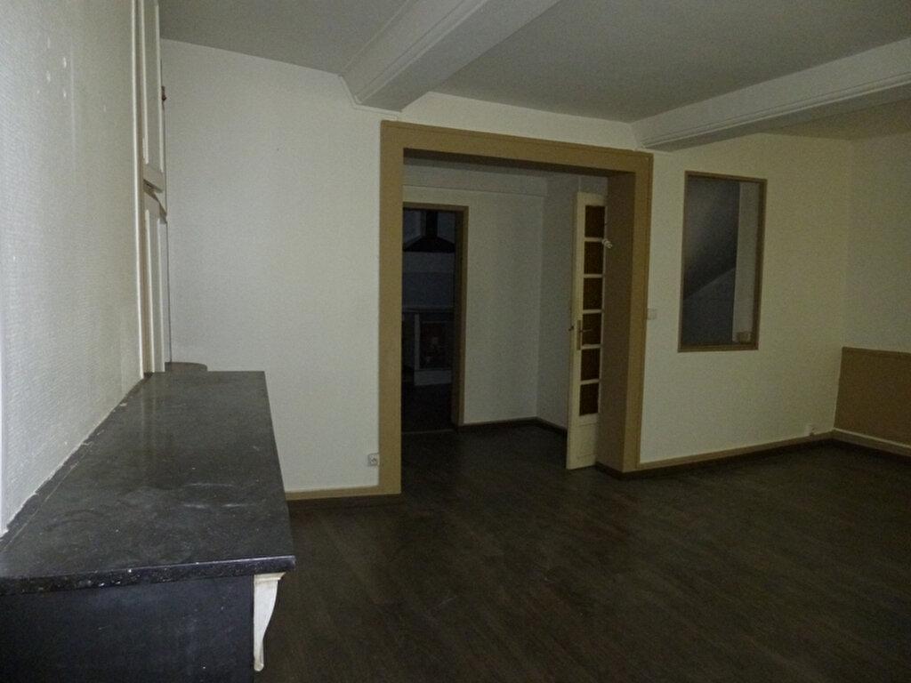 Achat Appartement 5 pièces à Pont-Audemer - vignette-1