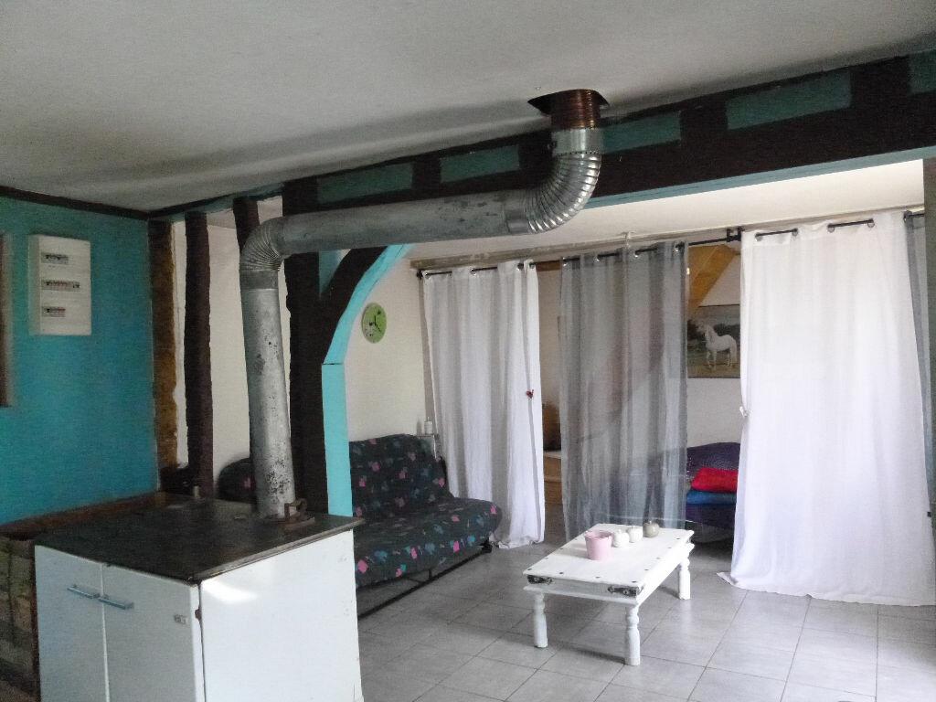Achat Maison 2 pièces à Saint-Christophe-sur-Condé - vignette-3