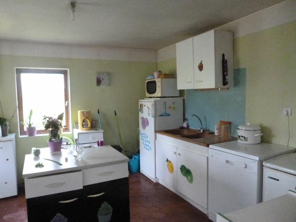 Achat Maison 2 pièces à Saint-Christophe-sur-Condé - vignette-4