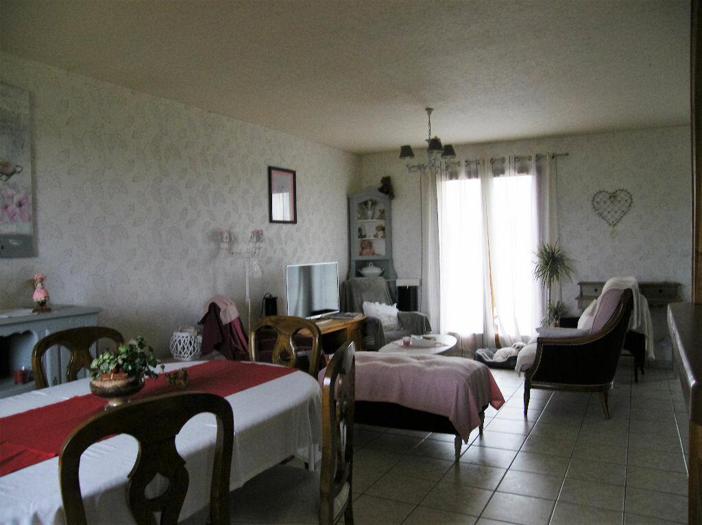 Achat Maison 4 pièces à Thiberville - vignette-6