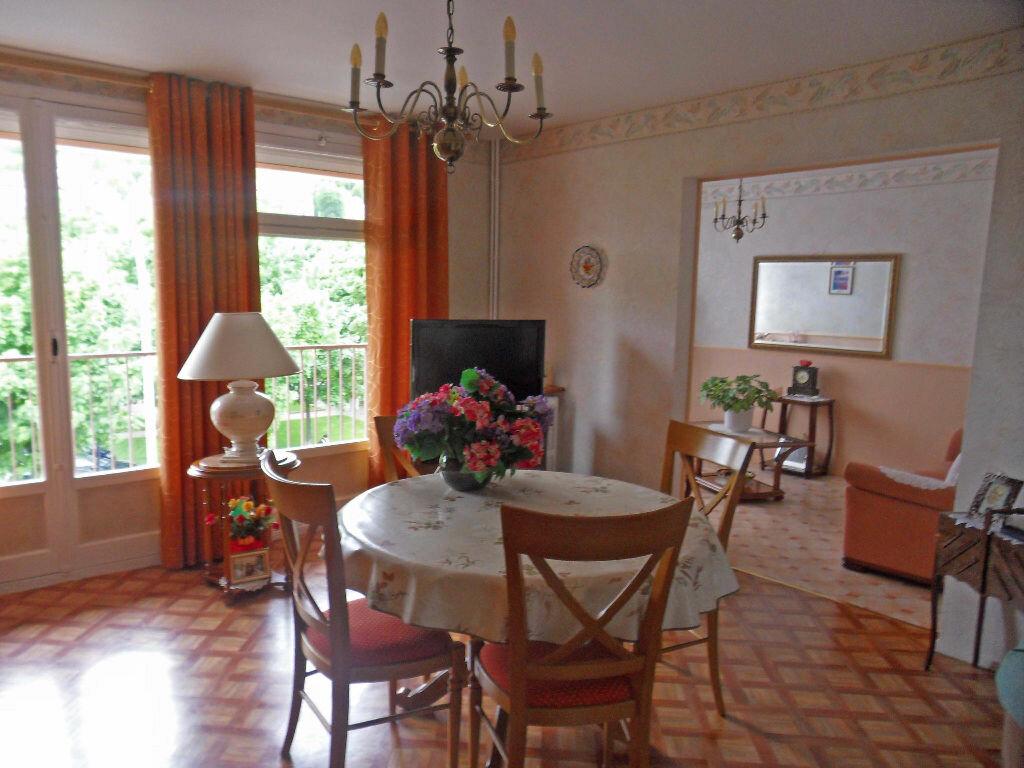 Achat Appartement 3 pièces à Darnétal - vignette-1