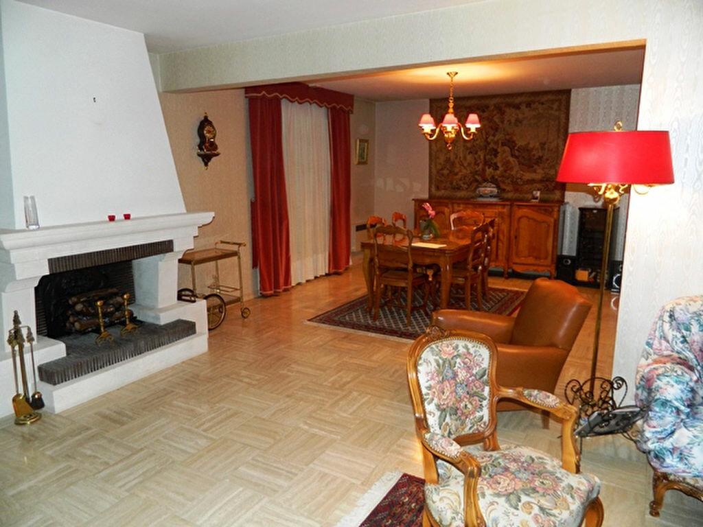 Achat Maison 10 pièces à Crégy-lès-Meaux - vignette-4
