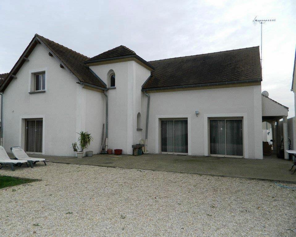 Achat Maison 7 pièces à Armentières-en-Brie - vignette-1