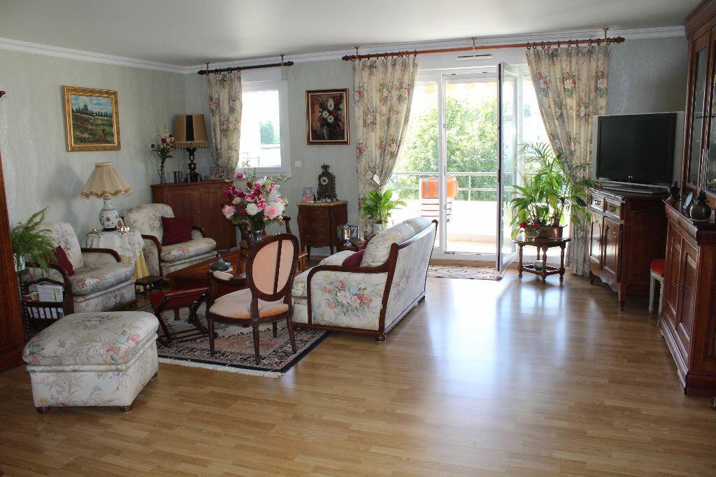 Achat Appartement 5 pièces à Meaux - vignette-2