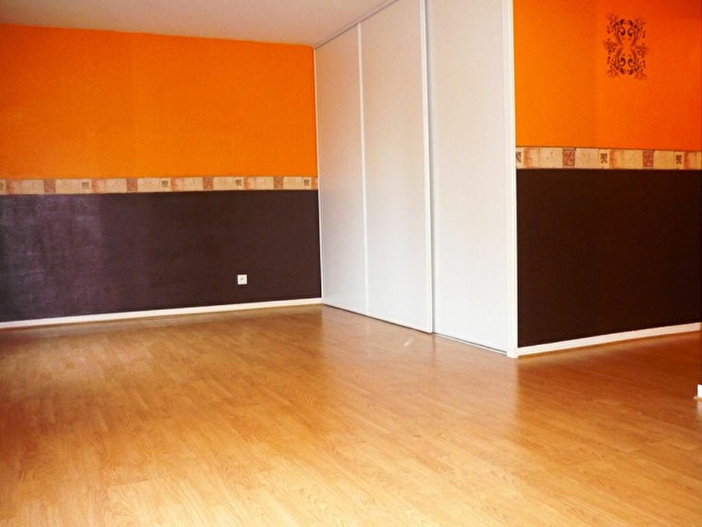 Achat Appartement 1 pièce à Crégy-lès-Meaux - vignette-4