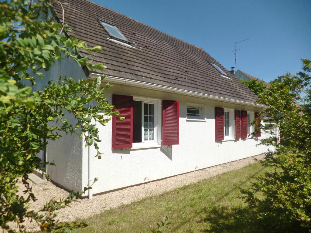 Achat Maison 7 pièces à Thiers-sur-Thève - vignette-1