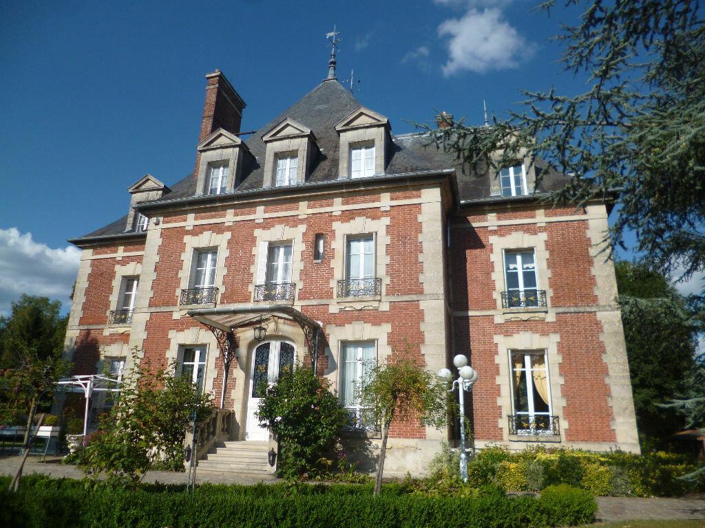 Achat Maison 14 pièces à Plailly - vignette-1