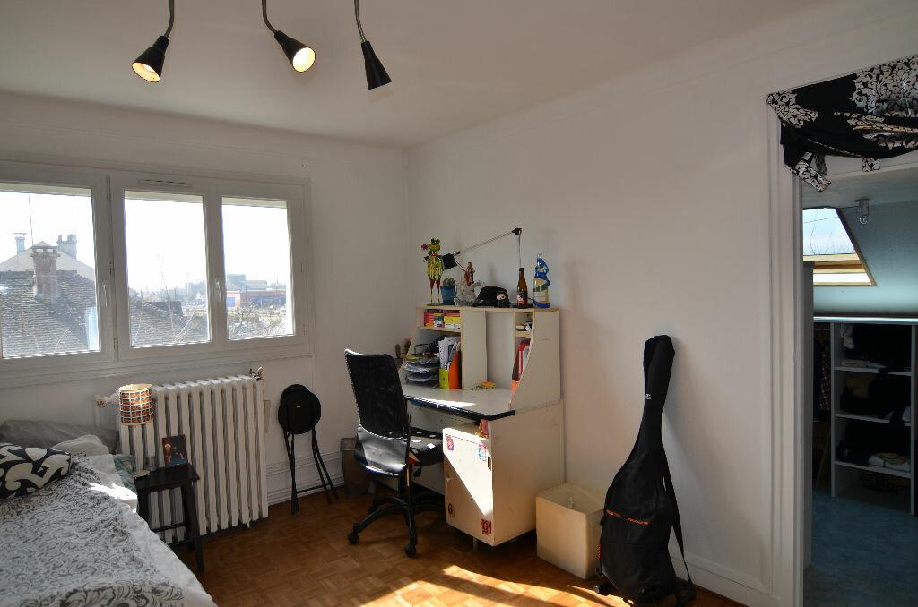 Achat Maison 8 pièces à Le Plessis-Belleville - vignette-6