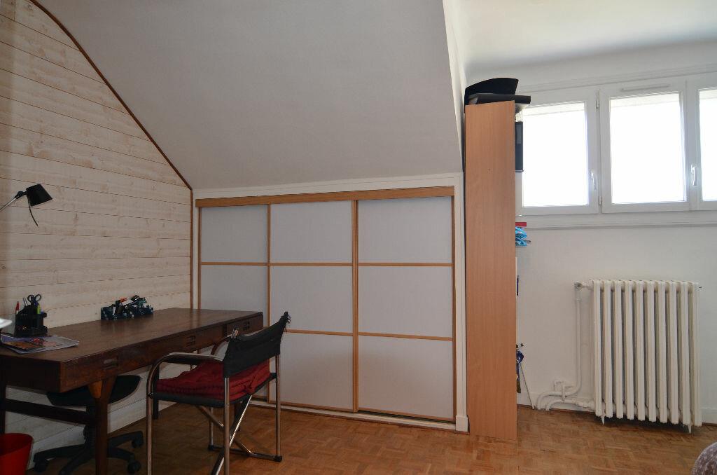 Achat Maison 8 pièces à Le Plessis-Belleville - vignette-7