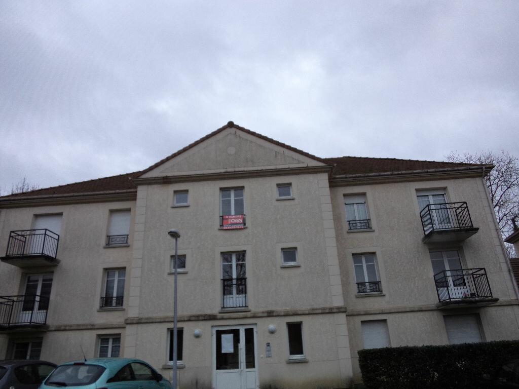 Achat Appartement 2 pièces à Crégy-lès-Meaux - vignette-1