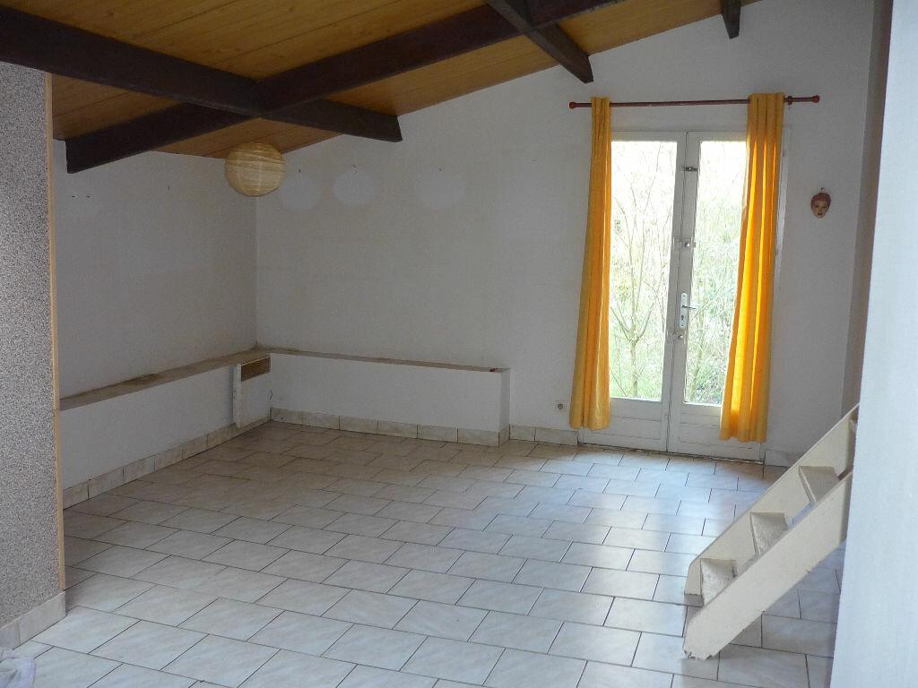 Achat Appartement 2 pièces à Nanteuil-le-Haudouin - vignette-2