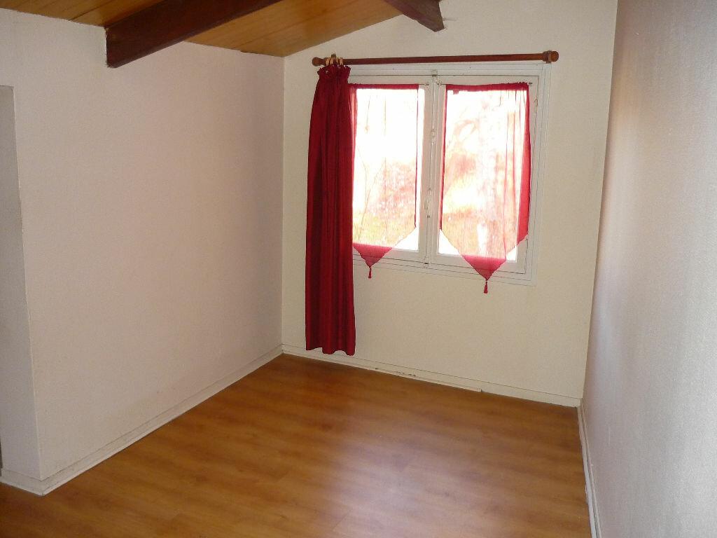 Achat Appartement 2 pièces à Nanteuil-le-Haudouin - vignette-3