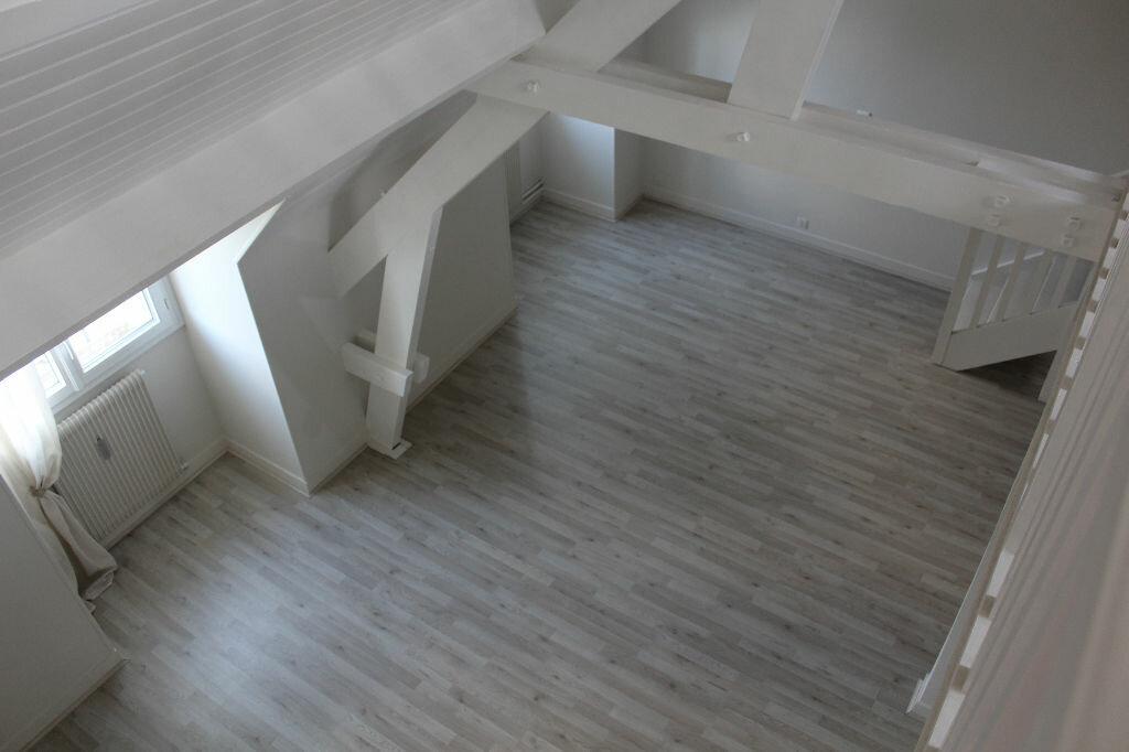 Achat Appartement 8 pièces à Senlis - vignette-1