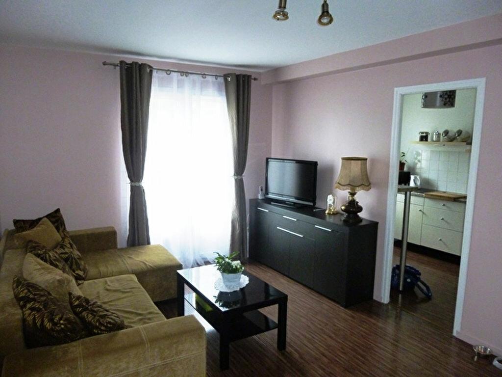 Achat Appartement 2 pièces à Dammartin-en-Goële - vignette-1