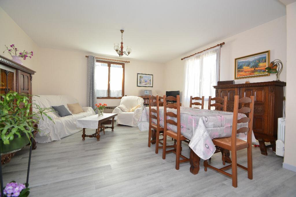 Achat Appartement 2 pièces à Le Plessis-Belleville - vignette-1