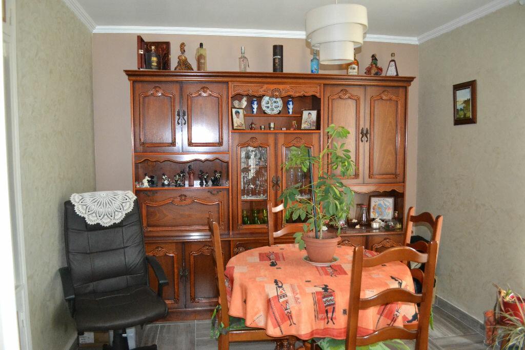 Achat Appartement 4 pièces à Mitry-Mory - vignette-2