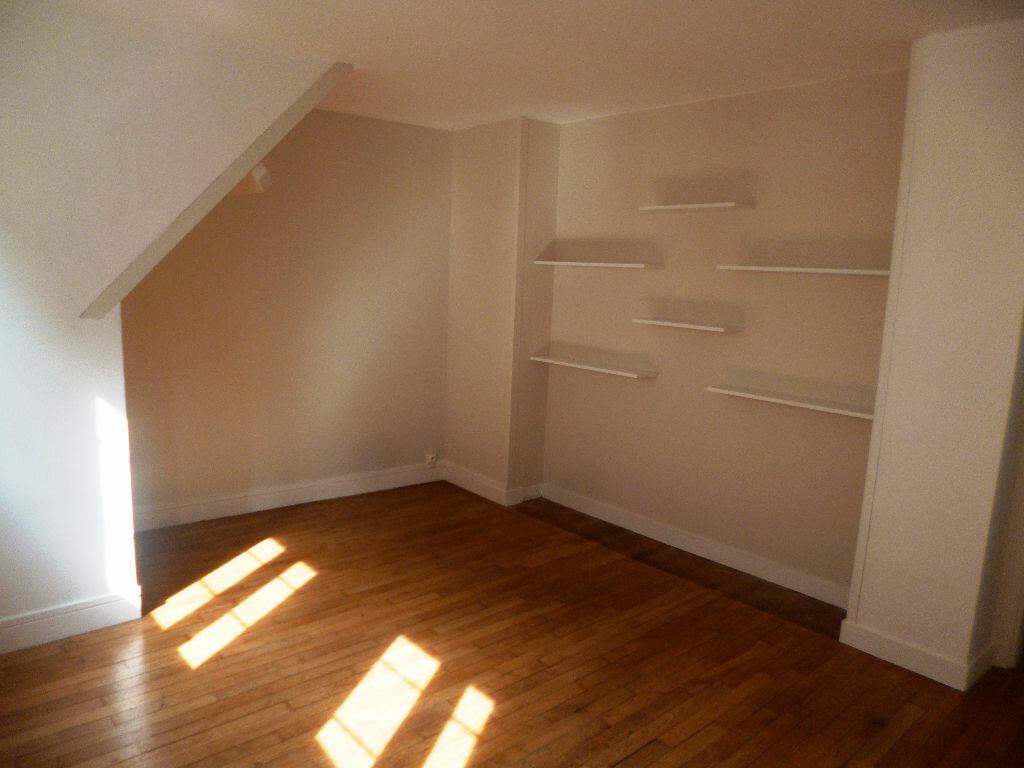 Location Appartement 4 pièces à Senlis - vignette-1