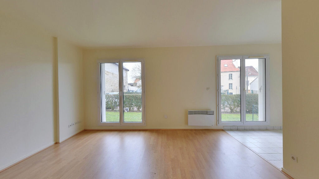 Achat Appartement 1 pièce à Thieux - vignette-1