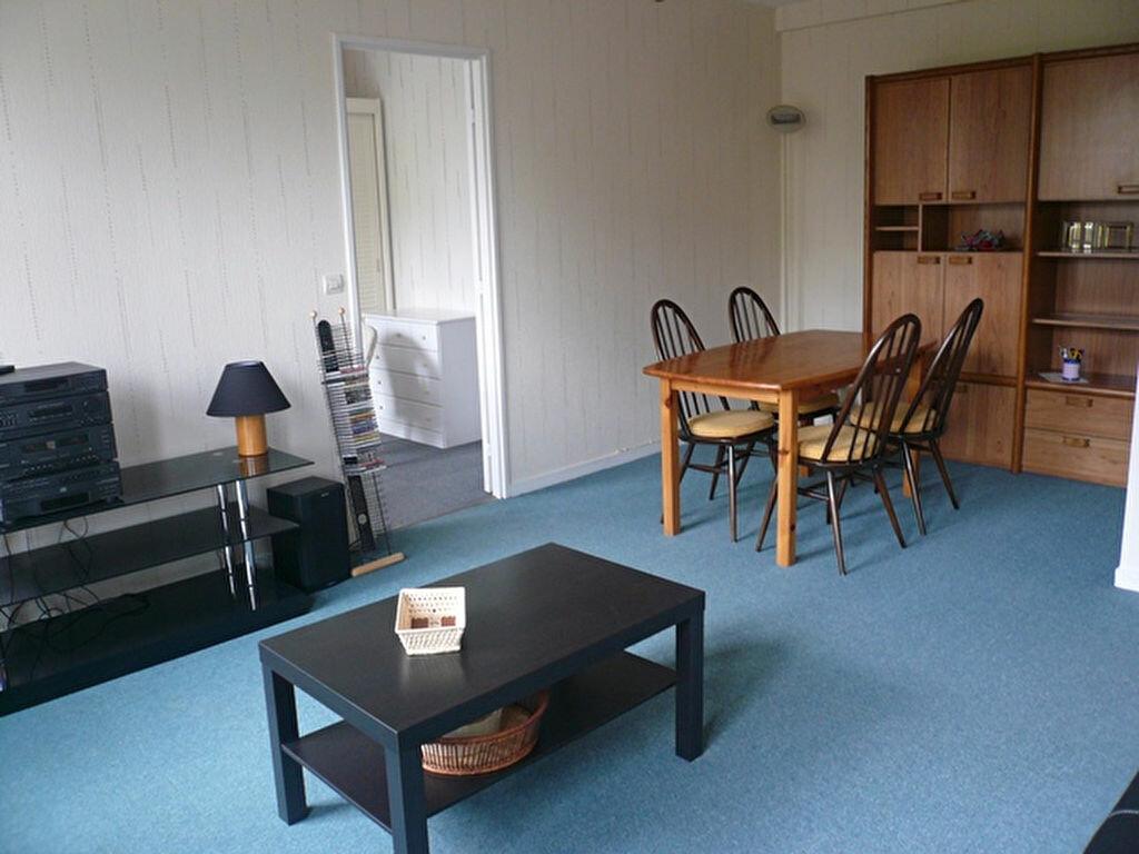Location Appartement 2 pièces à Senlis - vignette-1