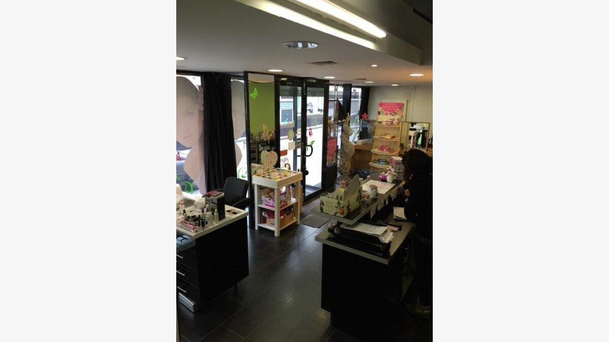 Location Local commercial  à Le Havre - vignette-3
