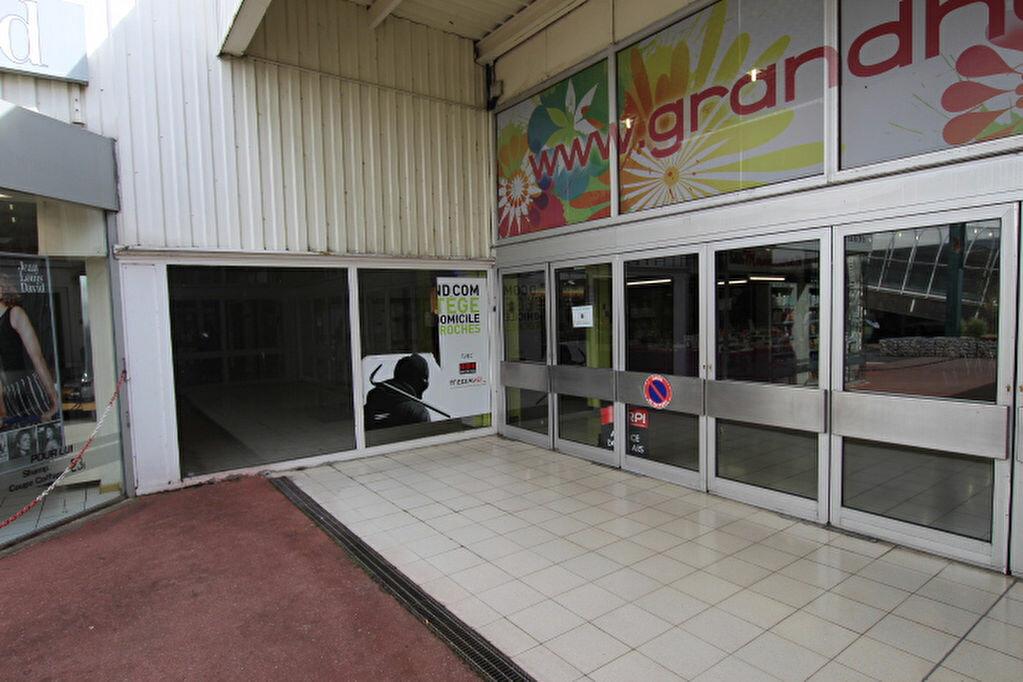 Location Local commercial  à Montivilliers - vignette-4