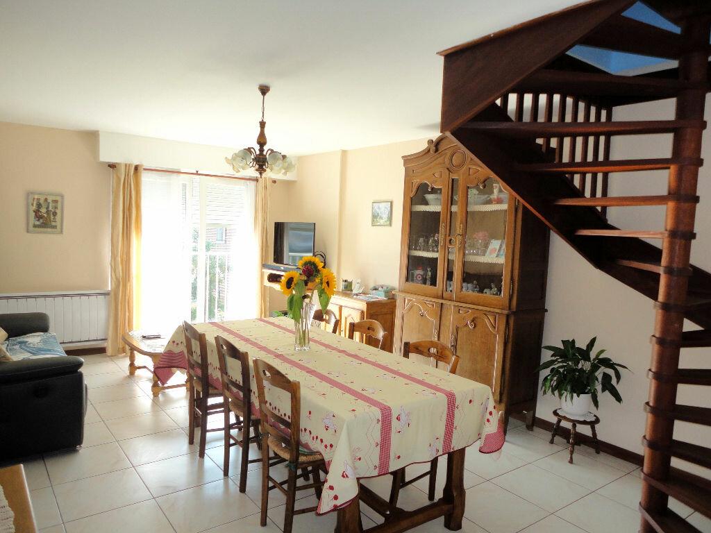 Achat Appartement 4 pièces à Montivilliers - vignette-3