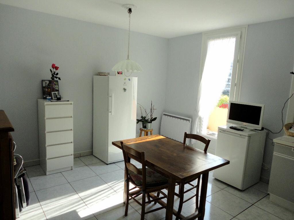 Achat Appartement 4 pièces à Montivilliers - vignette-5