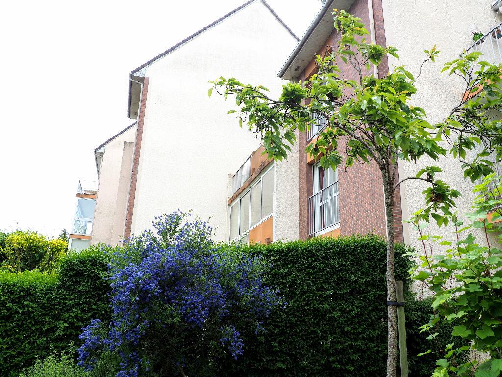 Achat Appartement 4 pièces à Montivilliers - vignette-1