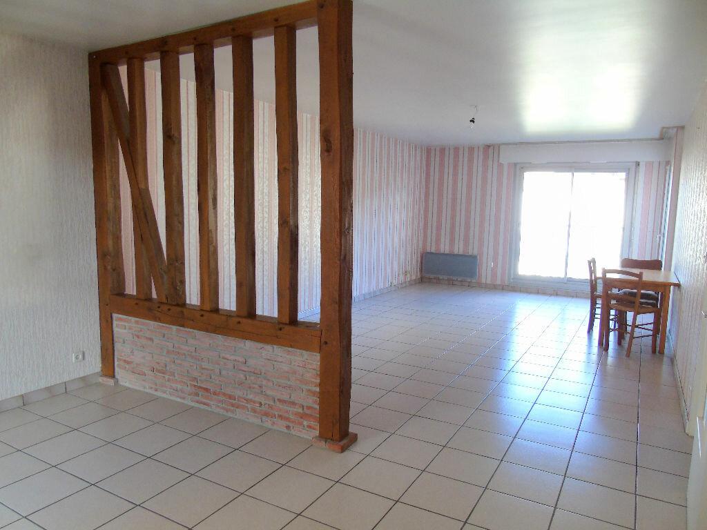 Achat Appartement 4 pièces à Montivilliers - vignette-2