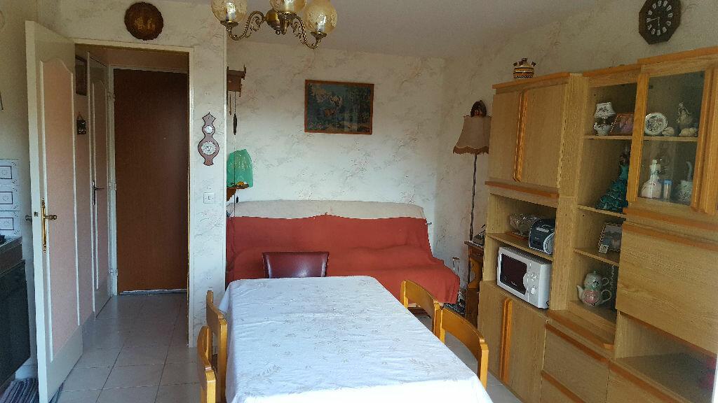 Achat Appartement 2 pièces à Merville-Franceville-Plage - vignette-2