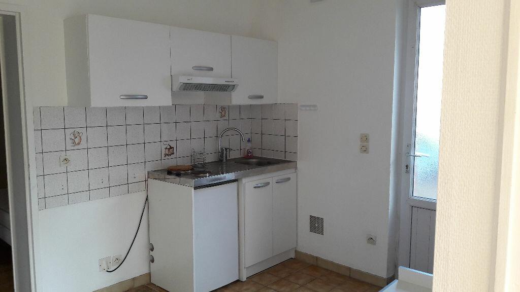 Location Appartement 2 pièces à Dives-sur-Mer - vignette-3