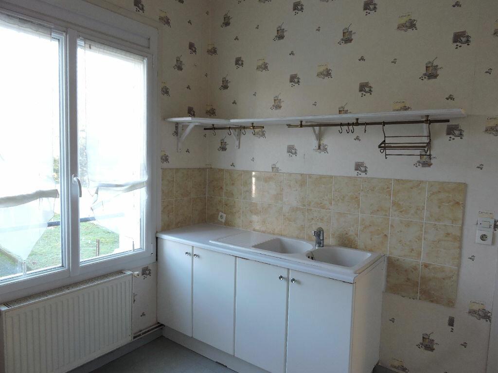 Location Appartement 4 pièces à Sannerville - vignette-2